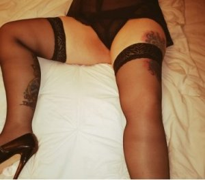 Trina eros escorts in Coalinga