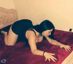 Onaissa cougar escorts Georgia